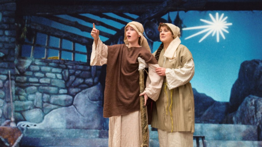 Amahl with Background 1